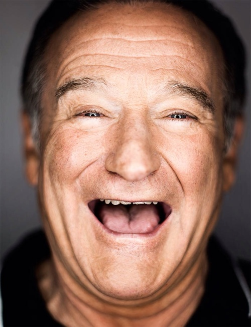 Robin Williams will be forever remembered as the world's funny man. He will be greatly missed by so many. THANK YOU FOR YEARS OF LAUGHTER!!! 1951-2014